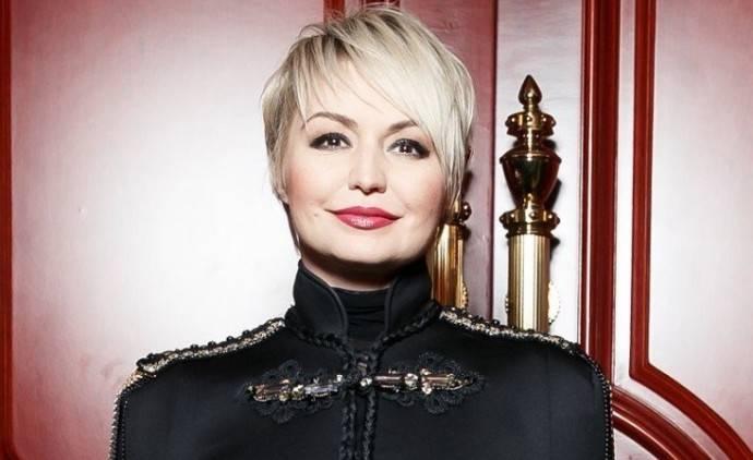 Катя Лель сменила образ и стала похожей на 66-летнюю Любовь Успенскую