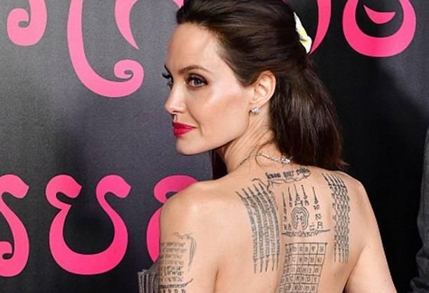 Анджелина Джоли внесла в список гостей на свою свадьбу Брэда Питта