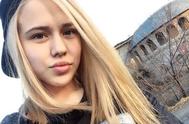 Юная певица Grivina не смогла скрыть частные фотографии 18+