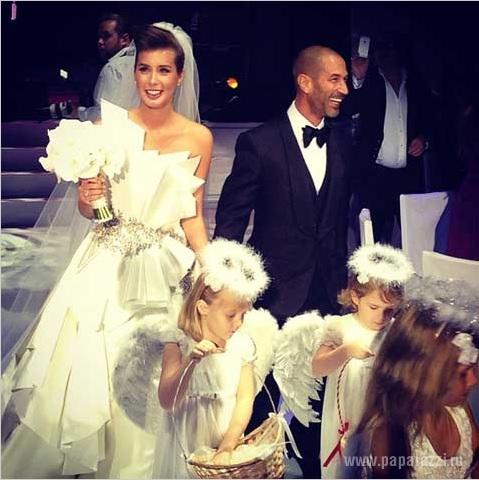 Кети Топурия порадовала поклонников постельными фотографиями со свадьбы