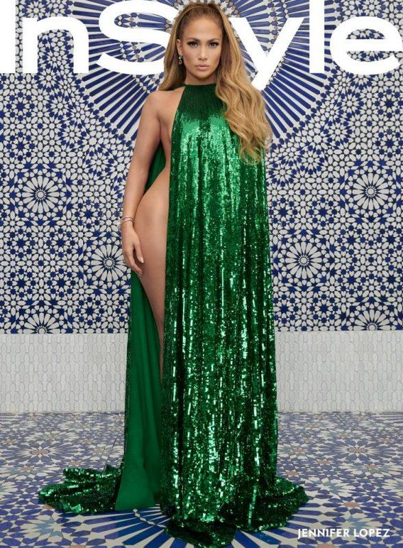 Голая Дженнифер Лопес в зеленой накидке Instyle 2018