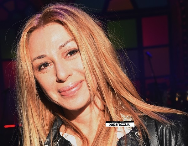 Алена Апина лицо 2016 губы (1).jpg