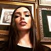 Ольга Серябкина спела свой хит, сексуально двигаясь на теле коллеги (видео)