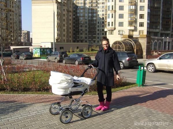 Алена Водонаева вытатуировала на руке имя сына