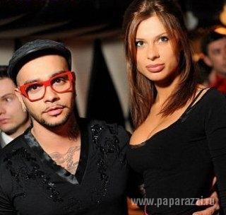 Тимати и его девушки фото