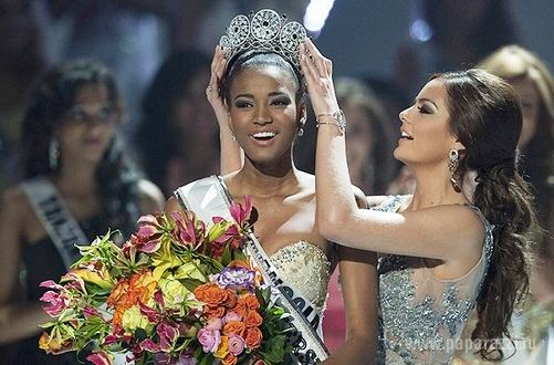 """Лейла Лопес стала """"Мисс Вселенная"""" 2011 года"""