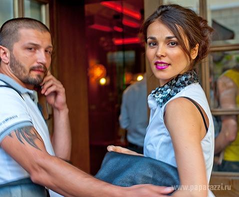 фото сати казанова и ее муж