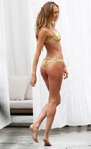 Кендис Свейнпол похвасталась бразильской попкой
