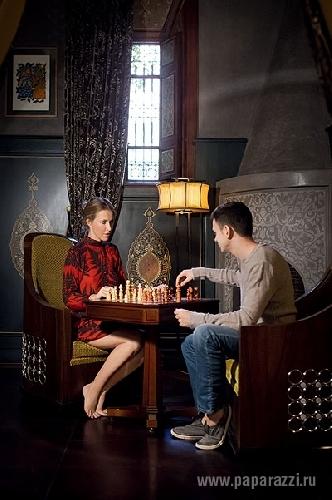 Оппозиционерку Ксению Собчак и ее возлюбленного Илью Яшина задержали в центре Москвы