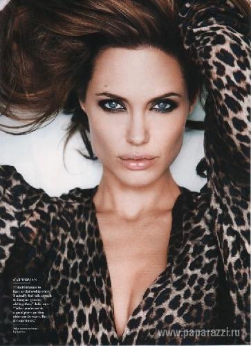 Брэд Питт и Анджелина Джоли тайно поженились на Карибских островах