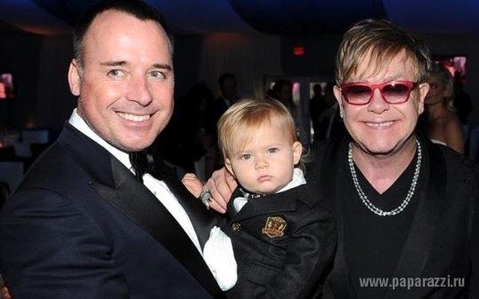 Элтон Джон и его партнер Дэвид Ферниш рассказали, как назвали второго сына