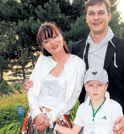 Актриса Наталья Громушкина стала мамой солнечной девочки