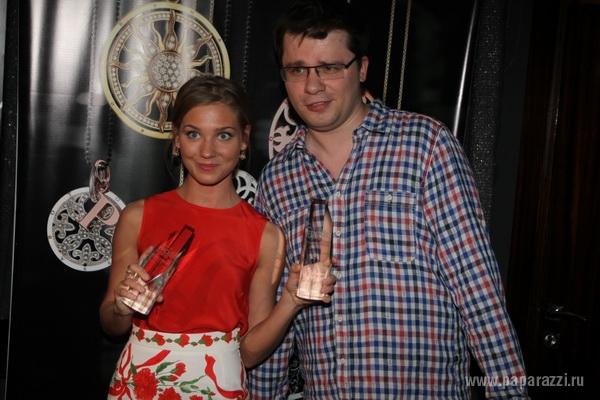 Суд аннулировал решение о разводе Гарика Харламова с Юлией Харламовой