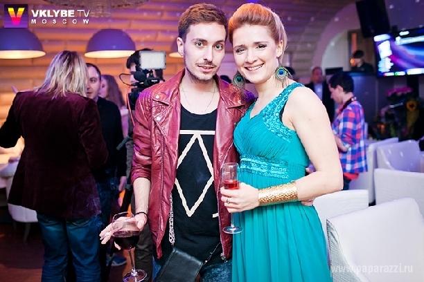http://www.paparazzi.ru/upload/wysiwyg_files/img/1367566792.jpg
