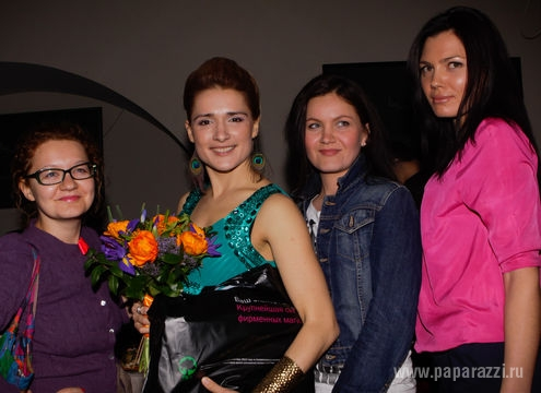 http://www.paparazzi.ru/upload/wysiwyg_files/img/1367567027.jpg