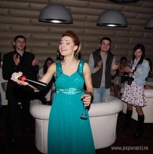 http://www.paparazzi.ru/upload/wysiwyg_files/img/1367567226.jpg