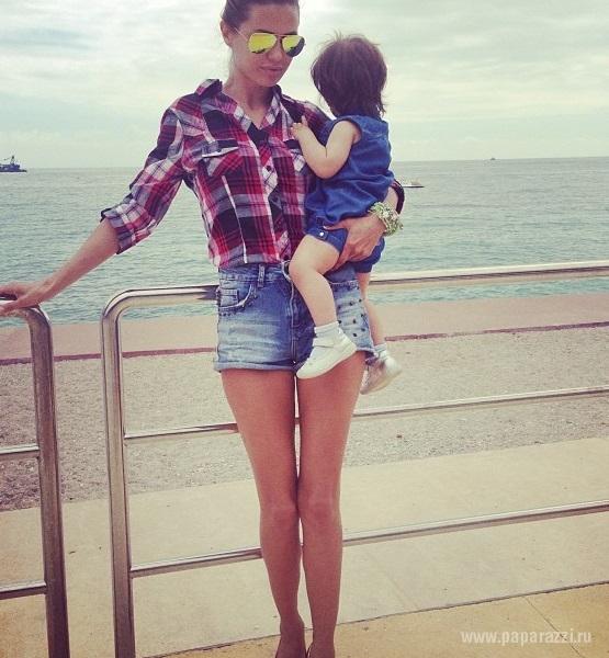 Виктория Боня впервые показала подросшую дочку