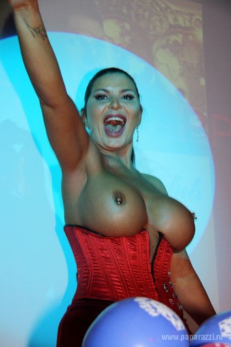 порно фото ирэн ферари