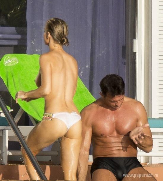 Джоанна Крупа с мужем устроили показательные выступления на море