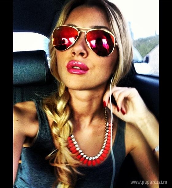 Анна Заворотнюк выложила в сеть фотографию без макияжа