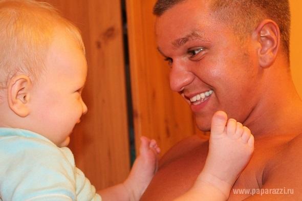 Евгения Феофилактова одолжила сына Даниэля