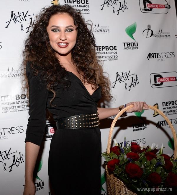 Певица Асти убедила, что сможет поладить и с экологами и с людоедами