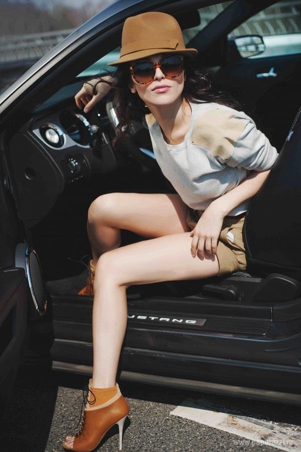 Сати Казанова решилась на покупку дорого роскошного авто