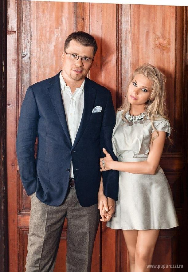 Харламов женился на Асмус, не успев развестись Woman 66