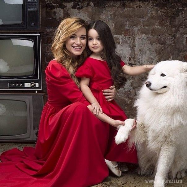 ксения бородина фото с дочкой
