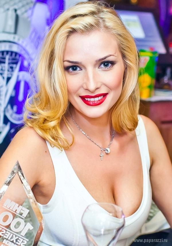 Татьяна Котова пришла на модную вечеринку без макияжа