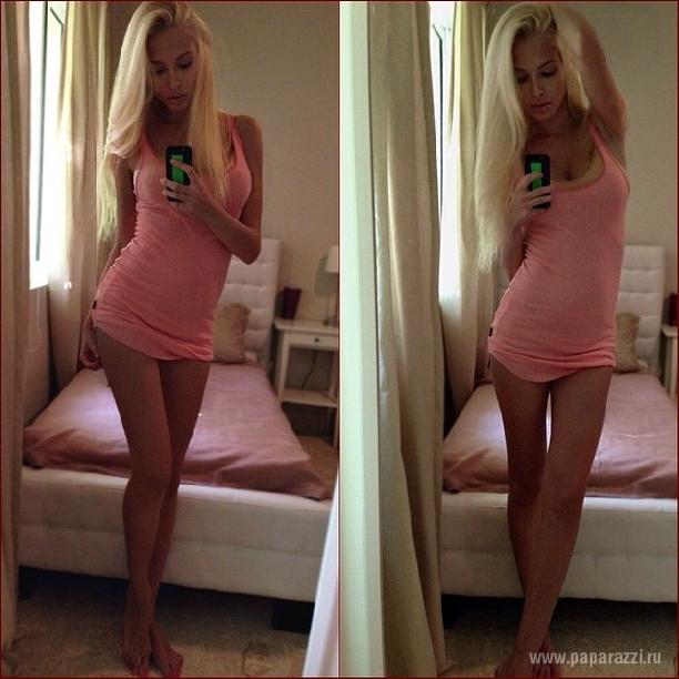 Алена Шишкова выложила снимки топлесс