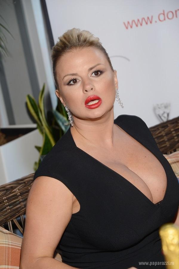 Анна Семенович показала все. Голая Анна Семенович на фото и видео