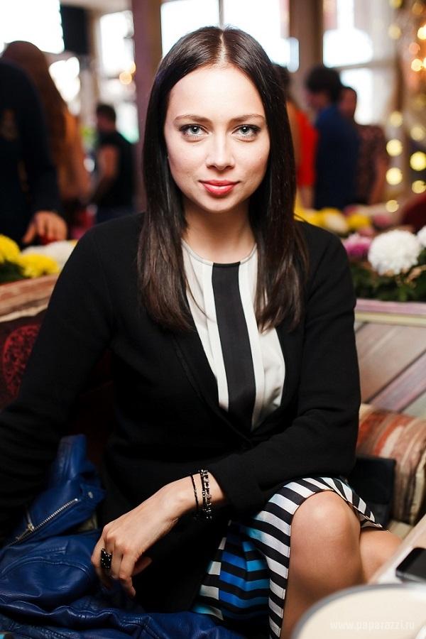 Настасья Самбурская пожаловалась на отсутствие денежных средств