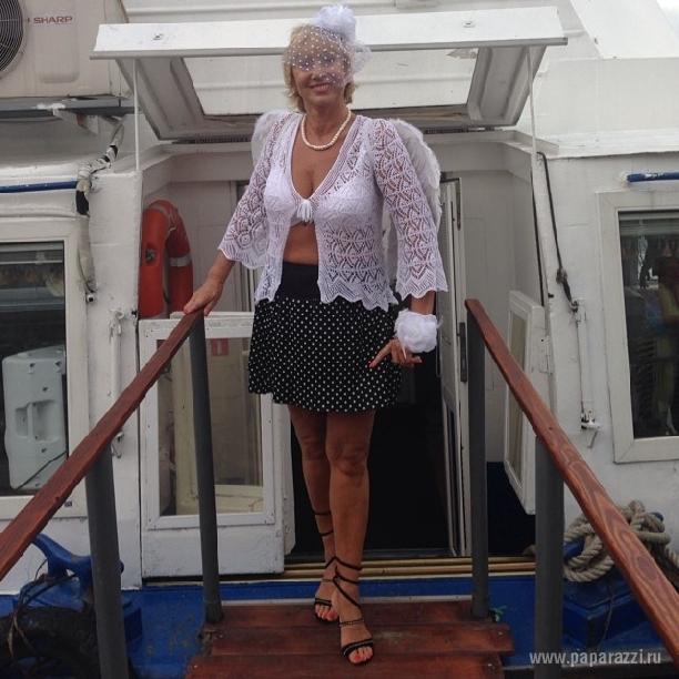 Лариса Копенкина порадовала фотографией в бикини
