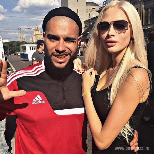 "Тимати опубликовал фото с дочкой и сделал ""селфи года"""
