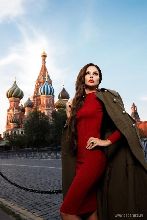 Елена Галицына уехала в кругосветное путешествие в компании мужчин