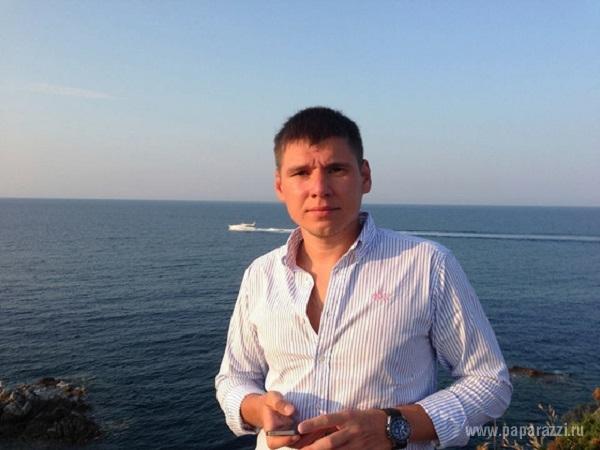 http://www.paparazzi.ru/upload/wysiwyg_files/img/1418799542.jpg