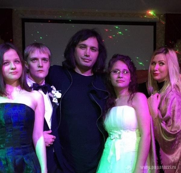 Свадьбе сына Сергей Зверев предпочел светскую тусовку