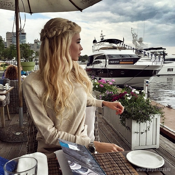 Нита Кузьмина вышла на мировой уровень и встретилась в Москве со Стивеном Сигалом