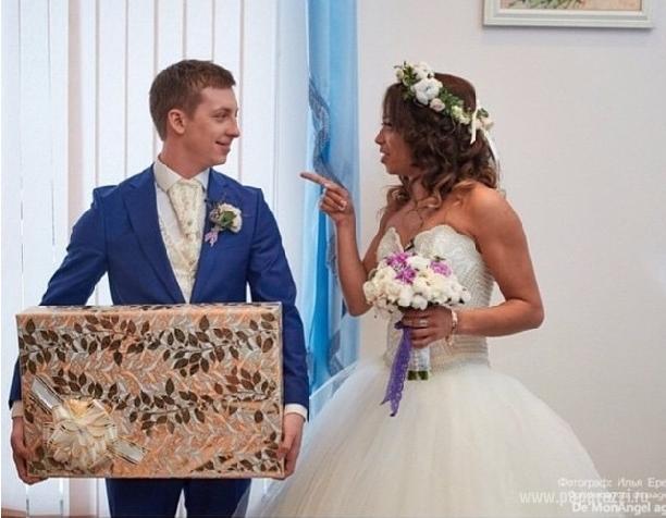 свадьба либерж и жени руднева фото много людей