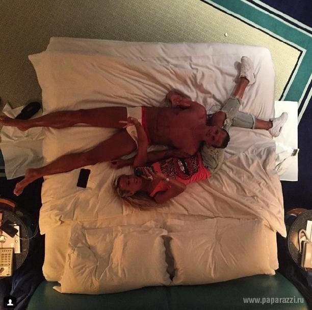 фото и видео в кровате