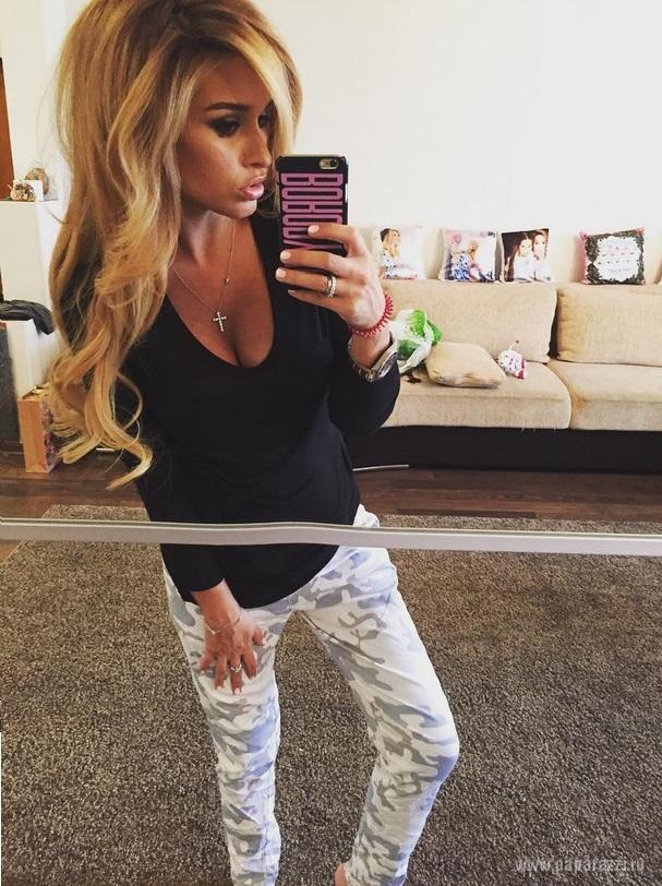 Ксения Бородина опозорилась в Интернете, неудачно отфотошопив свой беременный живот