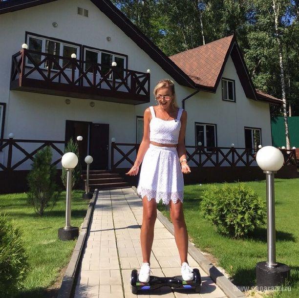 Ольга Бузова устроила мужу необычное развлечение на мини-сигвее