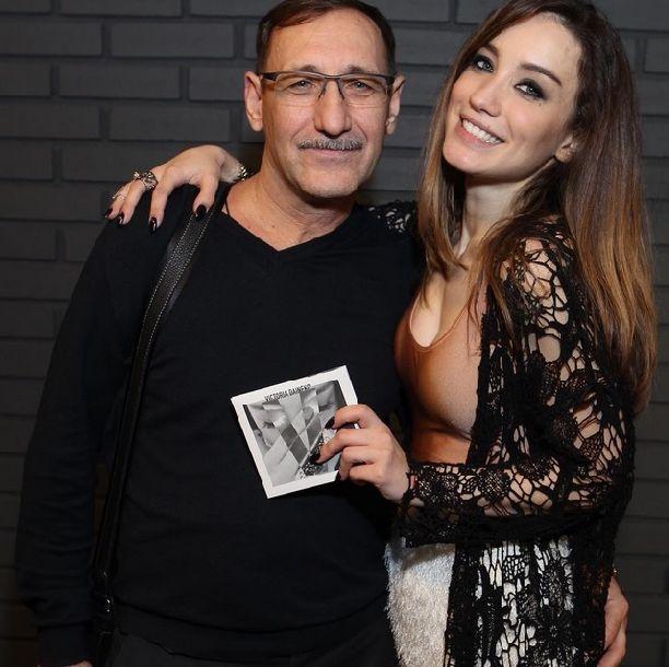 как познакомить своего папу с женщиной