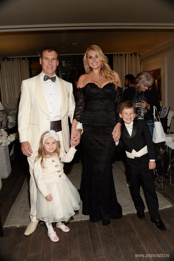 Развод Ирсон Кудиковой с Алексеем Нусиновым может полностью обанкротить их семью
