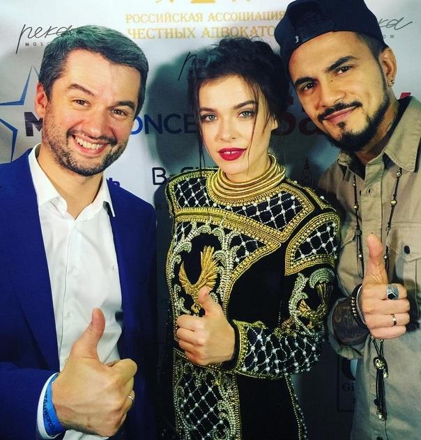Битва платьев: Наташа Ионова, Елена Темникова и Кайли Дженнер