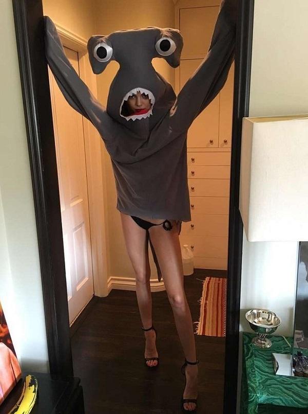 Кендалл Дженнер превратилась в сексуальную акулу для журнала Love