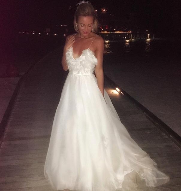 Свадьба бузовой фото платья