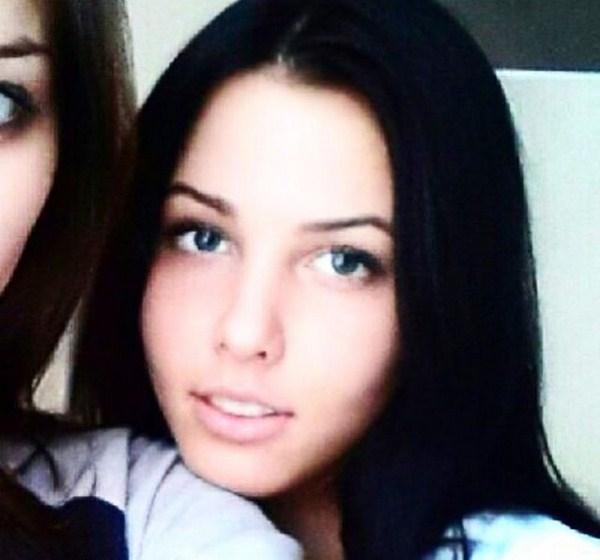 Анастасия Решетова поделилась фотографиями до пластики