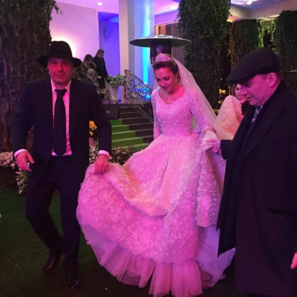 Дженнифер Лопес, Энрике Иглесиас, Стинг и Алла Пугачева отработали на свадьбе сына Михаила Гуцериева (видео)